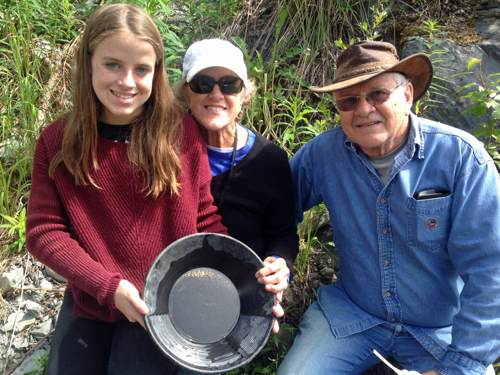 Do It Yourself Gold Panning In Alaska With Alaska Gold Prospecting 1000