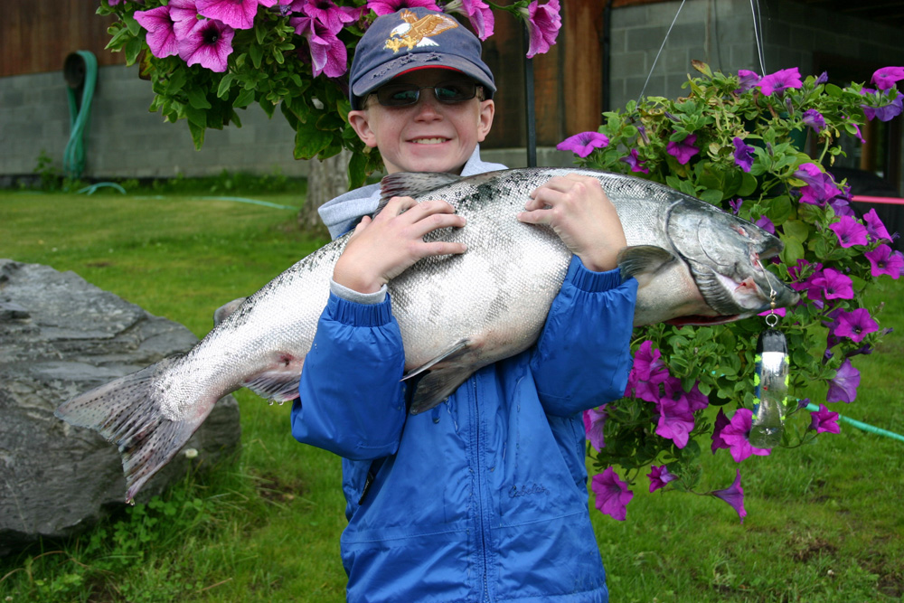 Happy Kids Catching King Salmon Alaska 1000