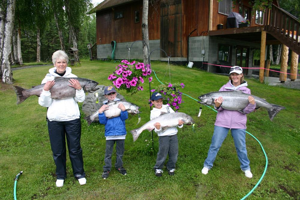Kids With Big King Salmon In Alaska 1000