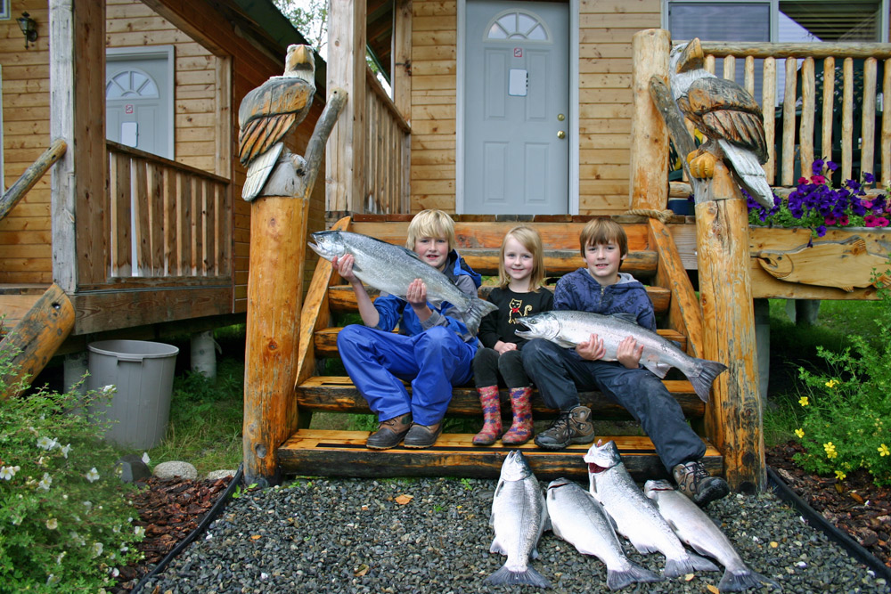 Happy Kids With Alaska Salmon On Kenai River 1000